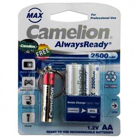 باتری قابل شارژ قلمی 2500 میلی آمپر کملیون +چراغ قوه LED